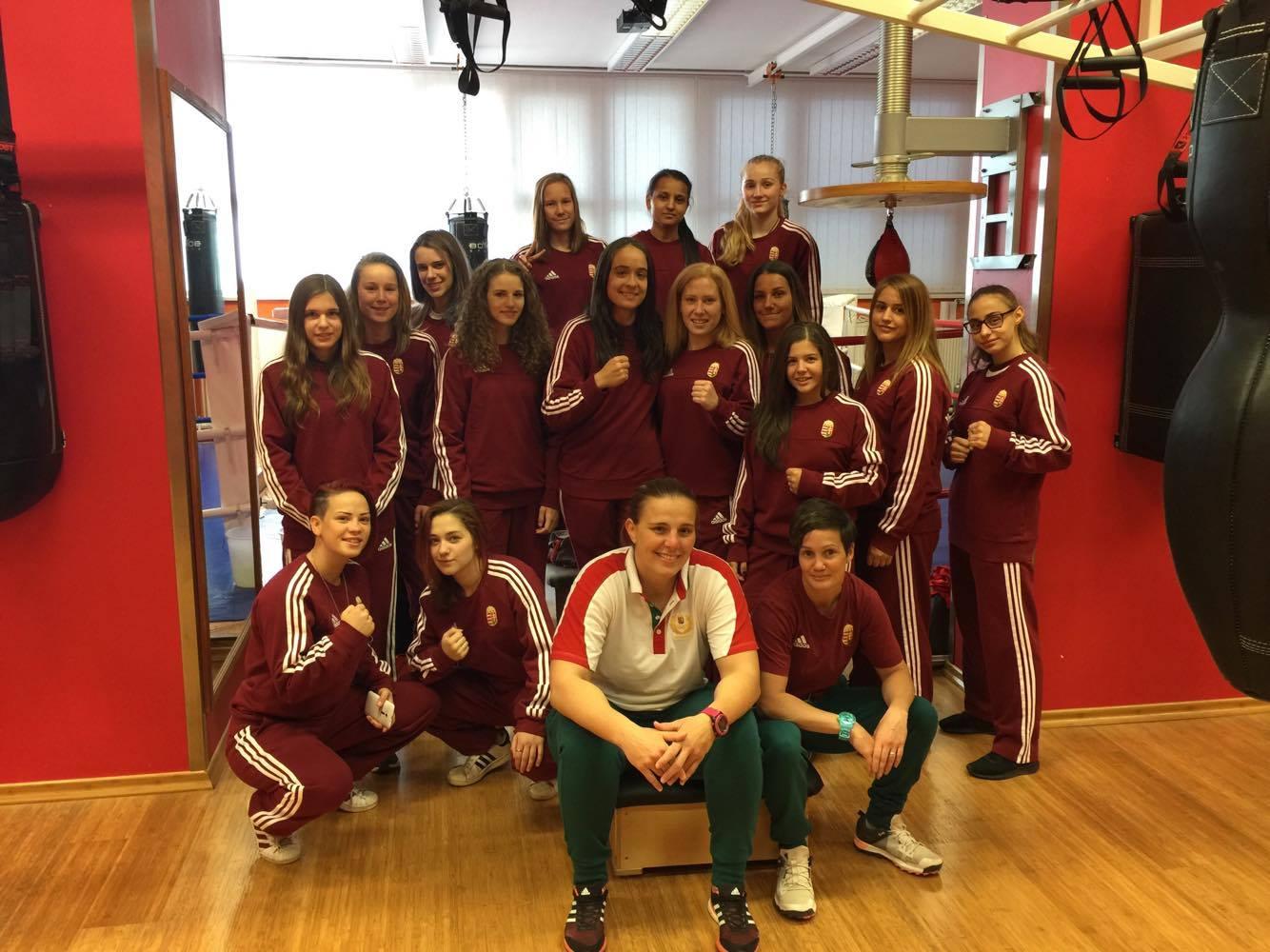 Ukrajnában a női utánpótlás csapat